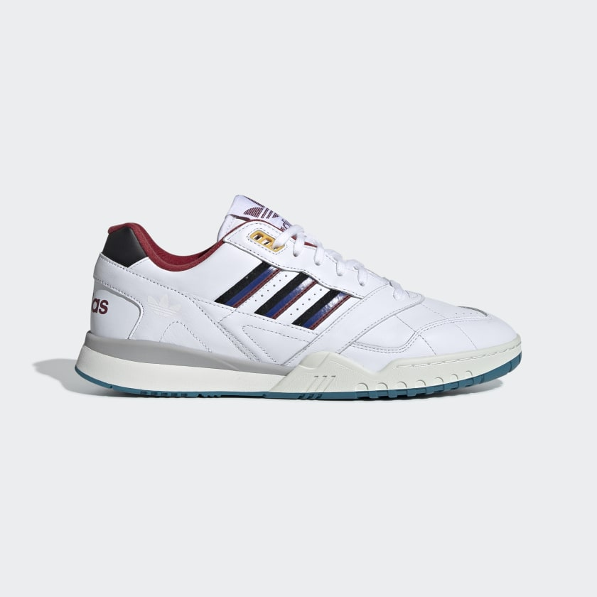 A.R._Trainer_Shoes_White_EE5397_01_standard