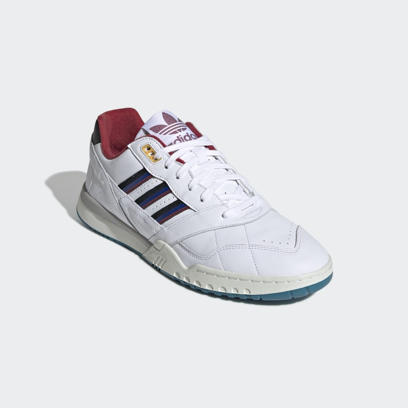 A.R._Trainer_Shoes_White_EE5397_04_standard